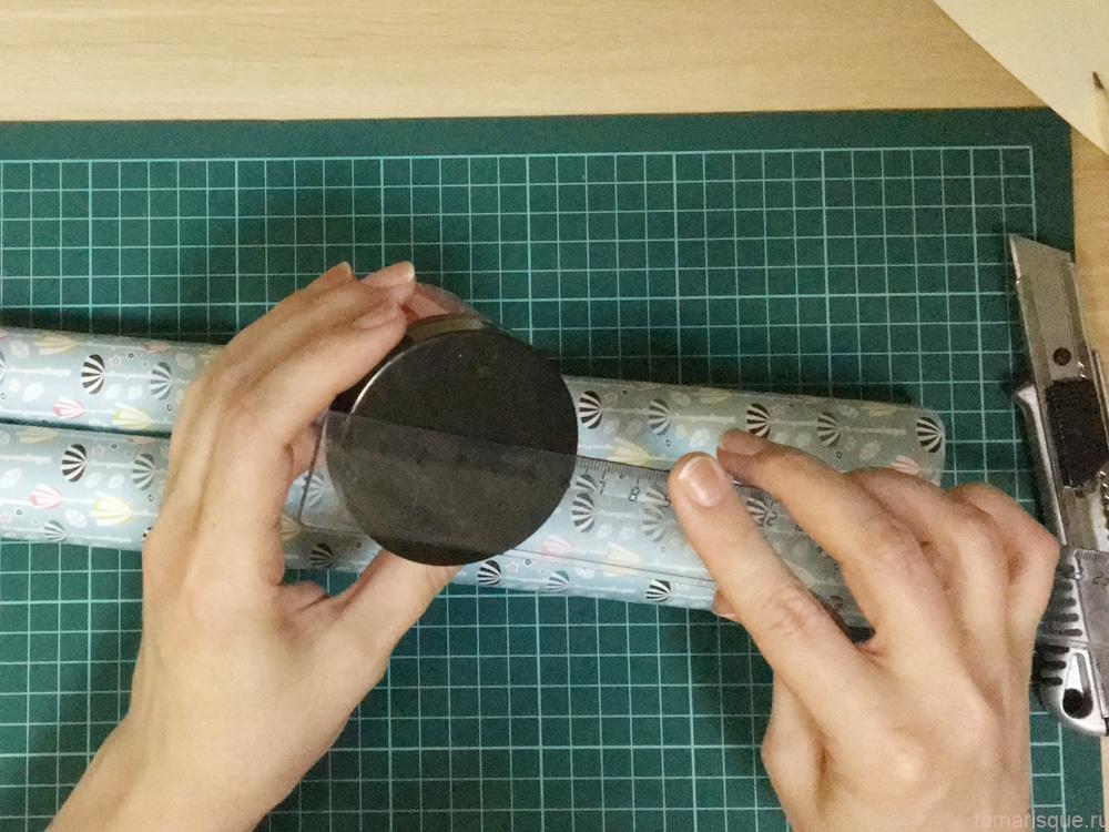 Упаковка круглой баночки в подарок
